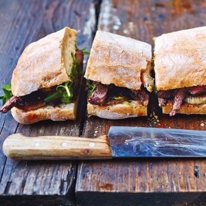 steak uien sandwich jamie oliver
